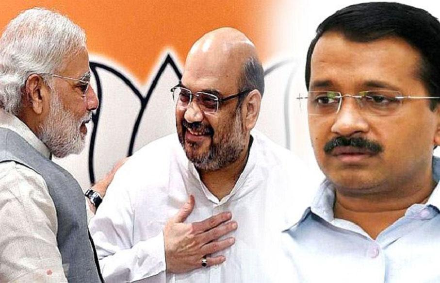 दिल्ली ने दिल्ली को दिल्ली बनने से रोकने के लिए दिल्ली के ऊपर एक दिल्ली बिठा दी!