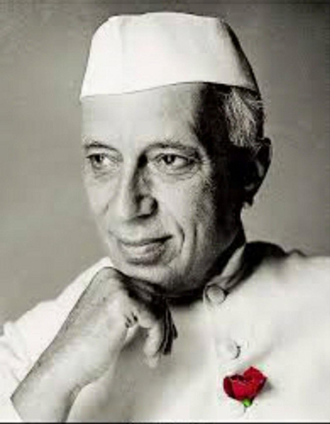 इस सदी के महानतम लेखकों में एक थे पंडित नेहरू